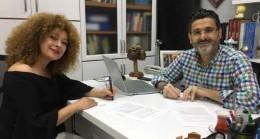 Sevtap Çapan ve Pozitif Yayınları kitap için imza attı