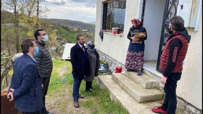 AK Parti Beykoz şehit ailelerini unutmadı!
